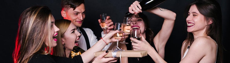 הרמת כוסית New Year