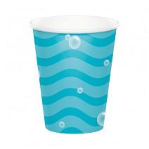 כוסות נייר מתחת למים