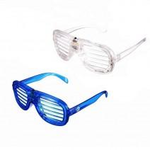 משקפי תריס כחול לבן עם אור