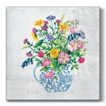מפיות גדולות ואזה עם פרחים